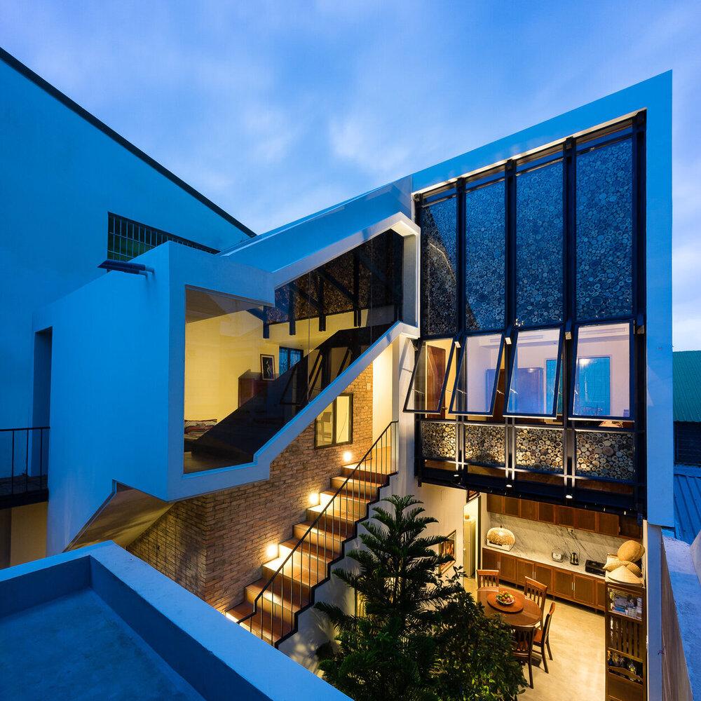 Half-roof House